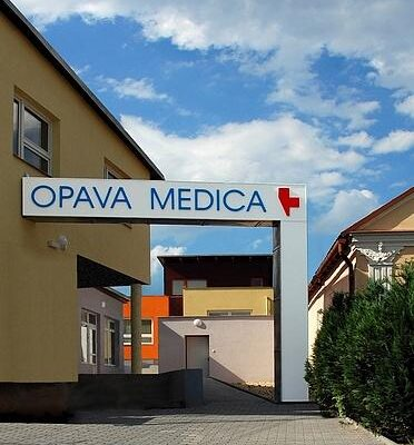 Opava Medica - vchod